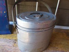 Vintage-Leyse-Aluminum-Miners-Lunch-Pail-3-Pieces-Marked-Much-used-Steampunk
