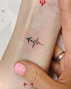 <br> Mini Tattoos, Body Art Tattoos, Tatoos, Sexy Tattoos, Thigh Tattoos, Sleeve Tattoos, Tattoo Style, Tattoo Trend, Unique Small Tattoo