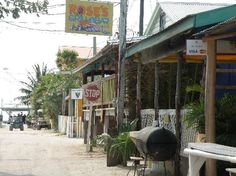 Roses Grill and Bar, Caye Caulker, Belize