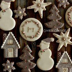 ❄☃ Christmas Cakes Cookies Cupcakes Sweets ☃❄ grey & pink Christmas cookies | by mint_lemonade