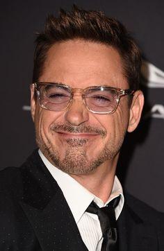 Ahahahhh his beautiful derp face lights up my days Robert Downey Jr, Robert Jr, Marvel Dc, Marvel Actors, Marvel Comics, Tony Stank, Actors Funny, Downey Junior, Best Actor