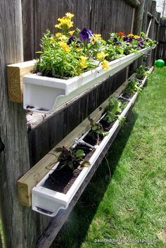 Painted Therapy: DIY Gutter Garden