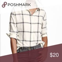 🆕 Listing! H&M white and black plaid button up H&M white and black plaid button up top. Great transition piece from winter to spring. Some wear but overall good condition. Size 2. H&M Tops Button Down Shirts