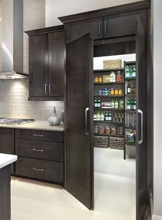 33 Amazing Secret Rooms You Will Want In Your Amazing Secret Rooms You Will Want In Your Home Raise Your Room With New Kitchen Design Your kitchen might be an operating space at home, but that . Dream Home Design, My Dream Home, Dream Homes, Modern House Design, Dream House Interior, Modern Kitchen Design, Dream Life, New Kitchen, Kitchen Decor