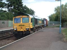 British Rail, Diesel Locomotive, Sheds, Cool Photos, 21st, Around The Worlds, Train, Trains, Shed Houses