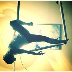 #aerialistofinstagram #aerialarts #aerialdance #circus #aerialyoga