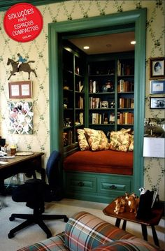 50 Jaw-dropping home library design ideas. Invest in turning an alcove into a reading nook. Cozy Reading Rooms, Reading Nook Closet, Closet Nook, Closet Bedroom, Reading Nooks, Closet Space, Book Nooks, Reading Room Decor, Reading Areas