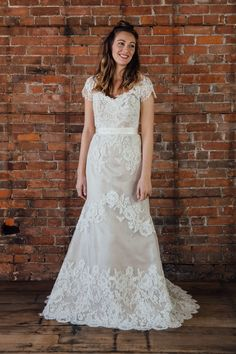 13aa2b13aec Lea-Ann Belter Fall 2017 Bridal Collection Photo Gallery