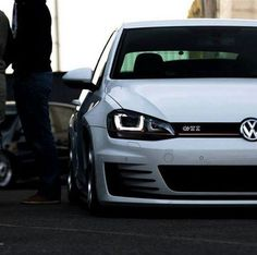 Volkswagen Golf GTi More