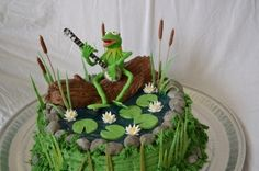 Kermit the Frog By jjjtwin on CakeCentral.com
