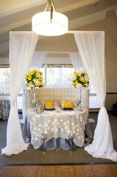 Yellow reception; sweetheart table