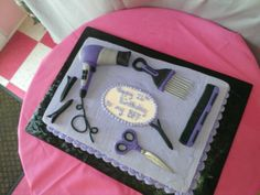 Hairstylest cake Cosmetology Cake, Cosmetology Graduation, Graduation Cake, Graduation Ideas, 15th Birthday Cakes, Birthday Cake Girls, 15 Birthday, Cute Cookies, Cupcake Cookies