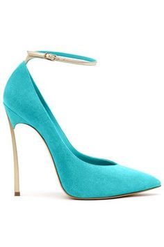 High Heels : Casadei New Ideas Schuhe casadei Heels High Ideas Dream Shoes, Crazy Shoes, Me Too Shoes, Pumps, Stilettos, Heeled Boots, Shoe Boots, Shoes Heels, Suede Shoes