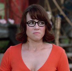 Velma Scooby Doo, Velma Dinkley, Cartoon Characters, Make Me Smile, Fans, Comic, Cosplay, Board, Dinosaurs