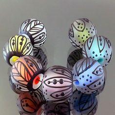 PIKALDA=handmade lampwork 7 glass beads dot line=COLORFUL LEAF=SRA