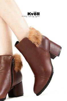 Modische Retro gefutterte Plateau Stiefel Stiefelette Ankle Boots Pumps mit Fell High Heels Keilabsatz