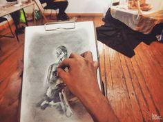 En sesión... #lunesdedibujo #CasadeCulturaSanRafael #POSELARGA #buenostrazos #dibujandoando #art #arte #dibujo #desnudo #illustration #draw #picture #artist #sketch #sketchbook #paper #pen #pencil #artsy #instaart #beautiful #instagood #gallery #masterpiece #creative #photooftheday #instaartist #graphic #graphics #artoftheday