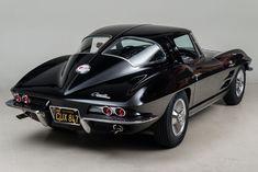 1963 Chevrolet Corvette Stingray Split Window Coupé #chevroletcorvettevintage