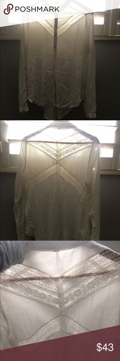 Button Up Blouse Pretty lace details, button up, only worn once, S but would fit M Free People Tops Blouses