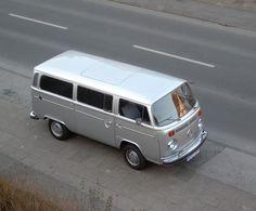 T2 Baywindow Silver Bus