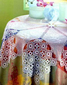 tejidos artesanales en crochet: mantel redondo con formas en armonia