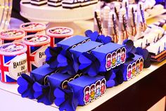 Olha que linda ideia para comemorar a festa do seu filho.A decoração de hoje é Festa Rock!!Imagens La Provence.Lindas ideias e muita inspiração.Bjs, Fabíola Teles.Mais ideias lindas:La Proven...