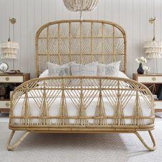 Classic Bedroom Decor Ideas - Home Decor Interior Furniture Decor, Bedroom Furniture, Bedroom Decor, Furniture Stores, Furniture Sets, Furniture Buyers, Ikea Bedroom, Furniture Dolly, Barbie Furniture