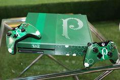 Microsoft lança Xbox One temático em parceria com Palmeiras