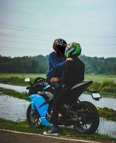 Bike Couple, Motorcycle Couple, Bike Pic, Bike Photo, Biker Love, Biker Girl, Love Pictures, Pictures Images, Ktm Models