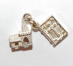 Rare Vintage Sterling Silver Bracelet Charm Church And Bible Signed Toby