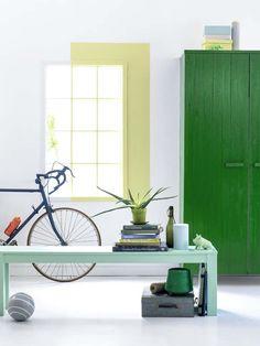 KARWEI | De kleur Bloesemgeel contrasteert prachtig met Klaver of Lente groen. #karwei #verf #inspiratie #kleurenvannu