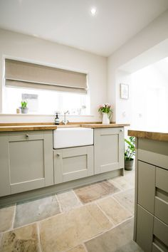 Shaker Kitchen...Flooring....wood tops