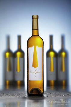DIY Photography - Tips for Wine Bottle Photos