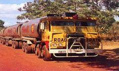 Bildergebnis für road trains in australia Semi Trucks, Big Trucks, Road Train, Cab Over, Vintage Trucks, Rigs, Jeep, Bears, Cool Photos