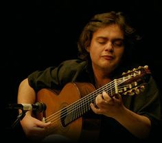 Austin Classical Guitar Society hosted Austin performance by Yamandú Costa of Brazil on his first US tour.