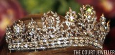 Bringing you sparkling heirloom jewels of royal and noble families from across the globe