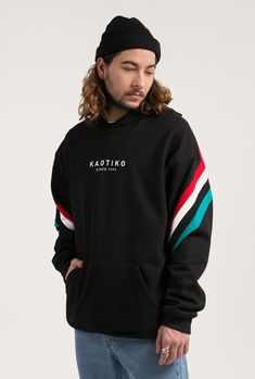 Buy sweatshirts By Kaotiko BCN clothing e-Shop · T-shirts, sweatshirts, trousers, trendy sneakers and streetstyle accessories Shirt Print Design, Shirt Designs, Casual T Shirts, Cool Shirts, Mens Sweatshirts, Hoodies, Types Of Fashion Styles, Street Wear, Menswear