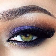 Night outs just became more gorgeous with this purple smokey eye makeup accented with gold glitter. A set of lush eyelashes complete the look. Recreate it with the products and the how to.