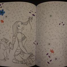 De Disney kleurboeken voor volwassenen heeft een junioren versie gekregen. Het…