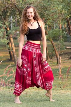 Thai Hippie Pants are our flagship pants. They're soft and comfortable on the skin and can be worn as jumpsuits or as pants. They have a characteristic smocked waist which stretches to fit women of al Heram Pants, Thai Pants, Yoga Pants Outfit, Adidas Pants, Ankle Pants, Bohemian Pants, Hippie Pants, Boho Dress, Mode Hippie