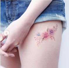 Dainty thigh flowers