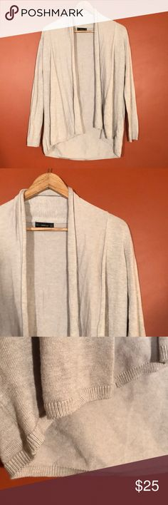 Zara Beige Open Front Sweater Zara knit beige sweater perfect as a staple piece! No flaws. Size M. Zara Sweaters Cardigans