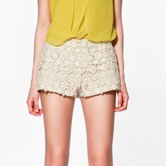 crochet Zara cream shorts size xs Super cute shorts, worn once in perfect condition Zara Shorts Bermudas