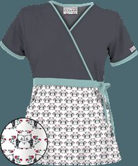With hundreds of print scrubs, we're sure you'll find exactly what you need. Find Pediatric & Veterinary Scrubs like the Hooty Owl White Print Scrub Top here! Healthcare Uniforms, Medical Uniforms, Work Uniforms, Scrubs Outfit, Scrubs Uniform, Veterinary Scrubs, Housekeeping Uniform, Cna Nurse, Cute Scrubs
