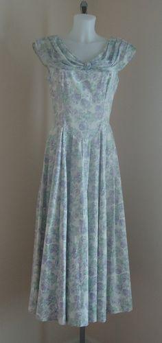 Vintage 1980s Laura Ashley Whiteand Pale Lilac Print Cotton Dress on Etsy, $92.14 CAD