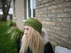 Be beautiful in winter! Warm and gentle ear warmer. Knitting with love Ear Warmers, Knitted Hats, Winter Hats, Wool, Knitting, Trending Outfits, Awesome, Green, Etsy