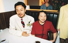Leslie Cheung & mother