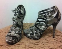 as new Guess sandals