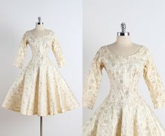 Golden Lace . vintage 1950s cocktail dress . by millstreetvintage