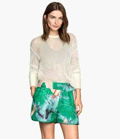 H&M offers fashion and quality at the best price | H&M GB